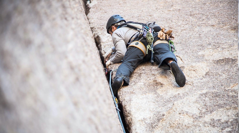 https://www.ccncastelbuono.com/wp-content/uploads/2021/01/arrampicata.jpg